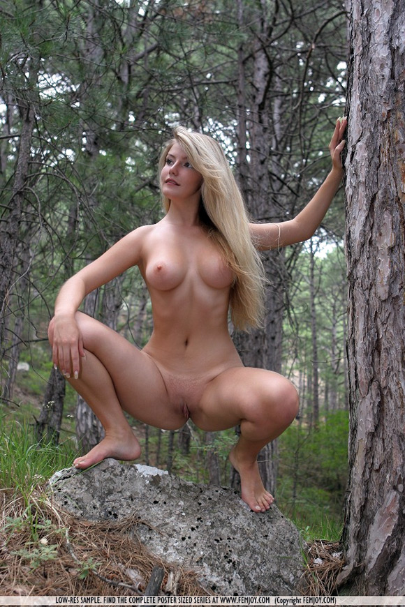 marta-in-the-woods