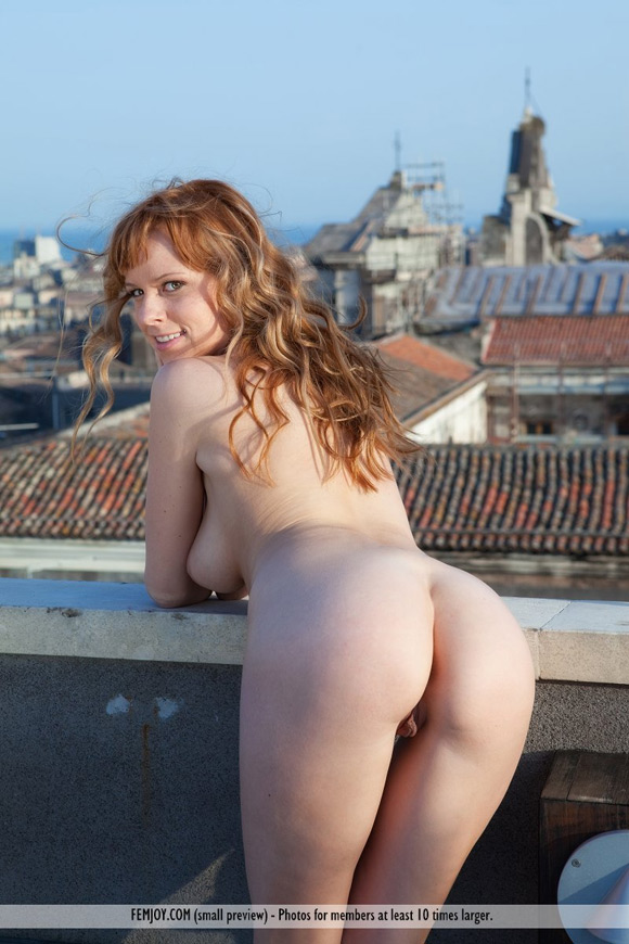beatrix-in-a-wonderful-view