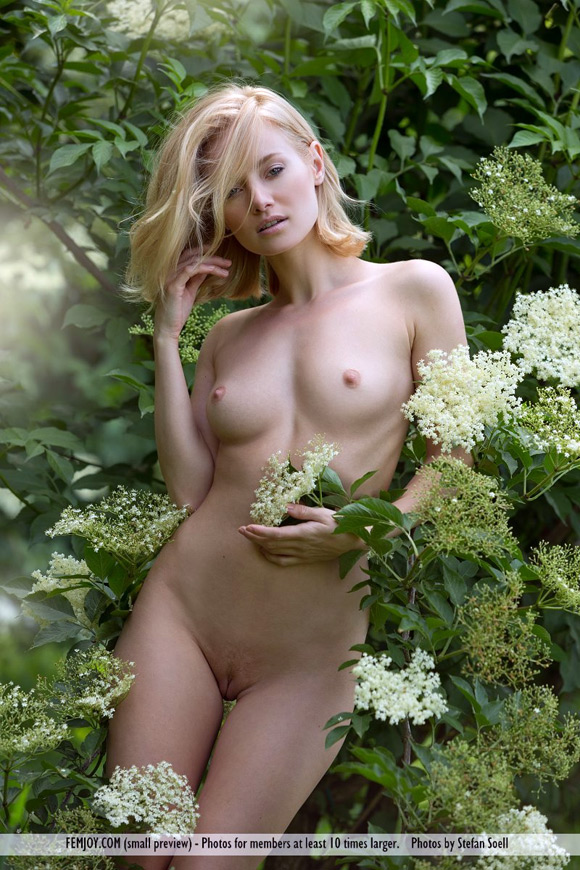 gabi-in-pure-nature