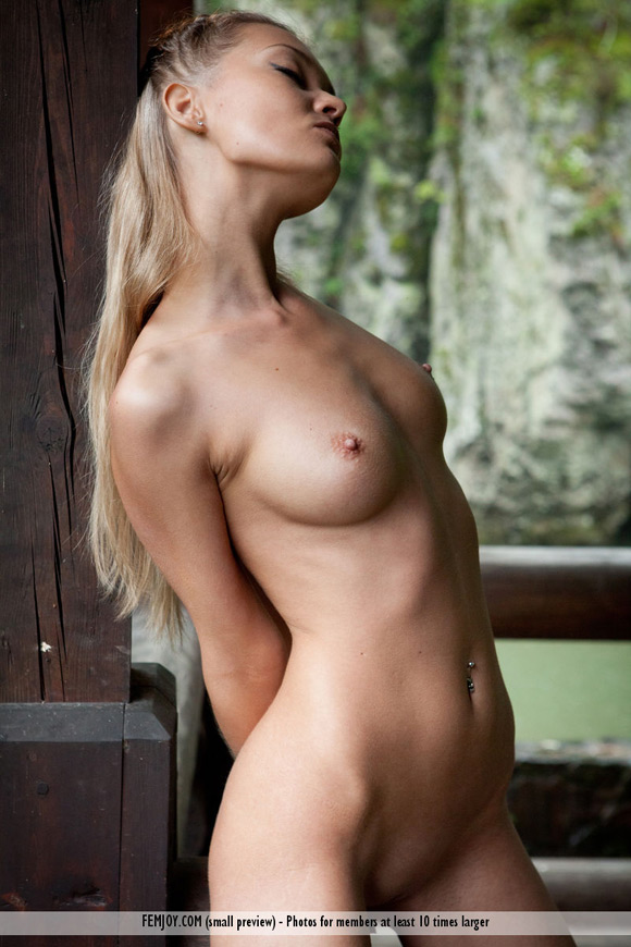 eleonora-in-wild-nature